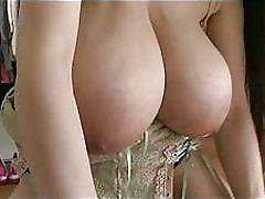 Brust xxx videos Frau anal sex