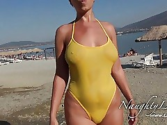 Flashing porn clips - mature mom tube